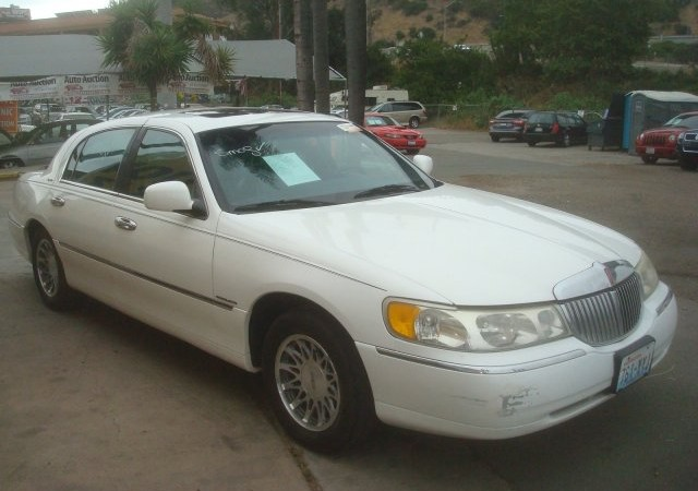 2000 Lincoln Town Car Signature Auto Auction Of San Diego